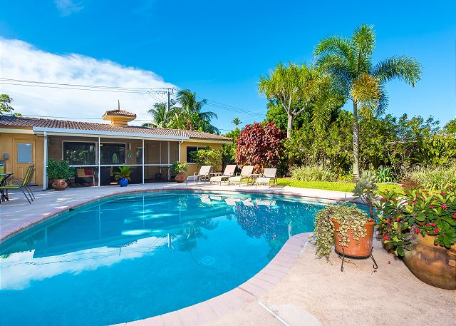 Oakland Park FL Vacation Rental Have a sparking