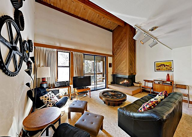 Truckee CA Vacation Rental Your three-story Northstar