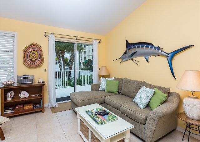 Fort Myers Beach FL Vacation Rental A comfortable couch