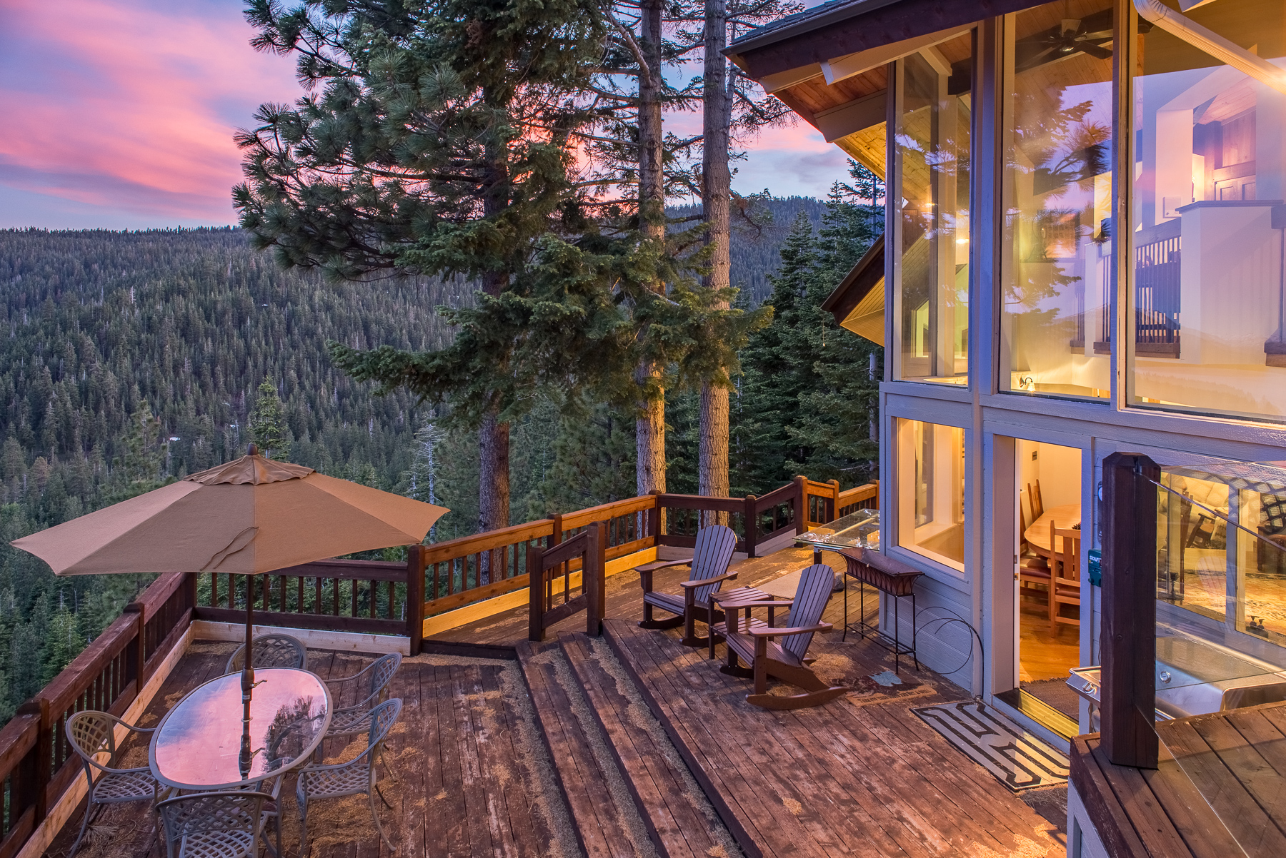 Tahoe City CA Vacation Rental Watch stupendous sunsets