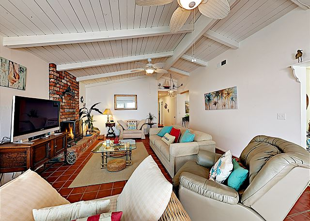 Oxnard CA Vacation Rental A comfortable couch