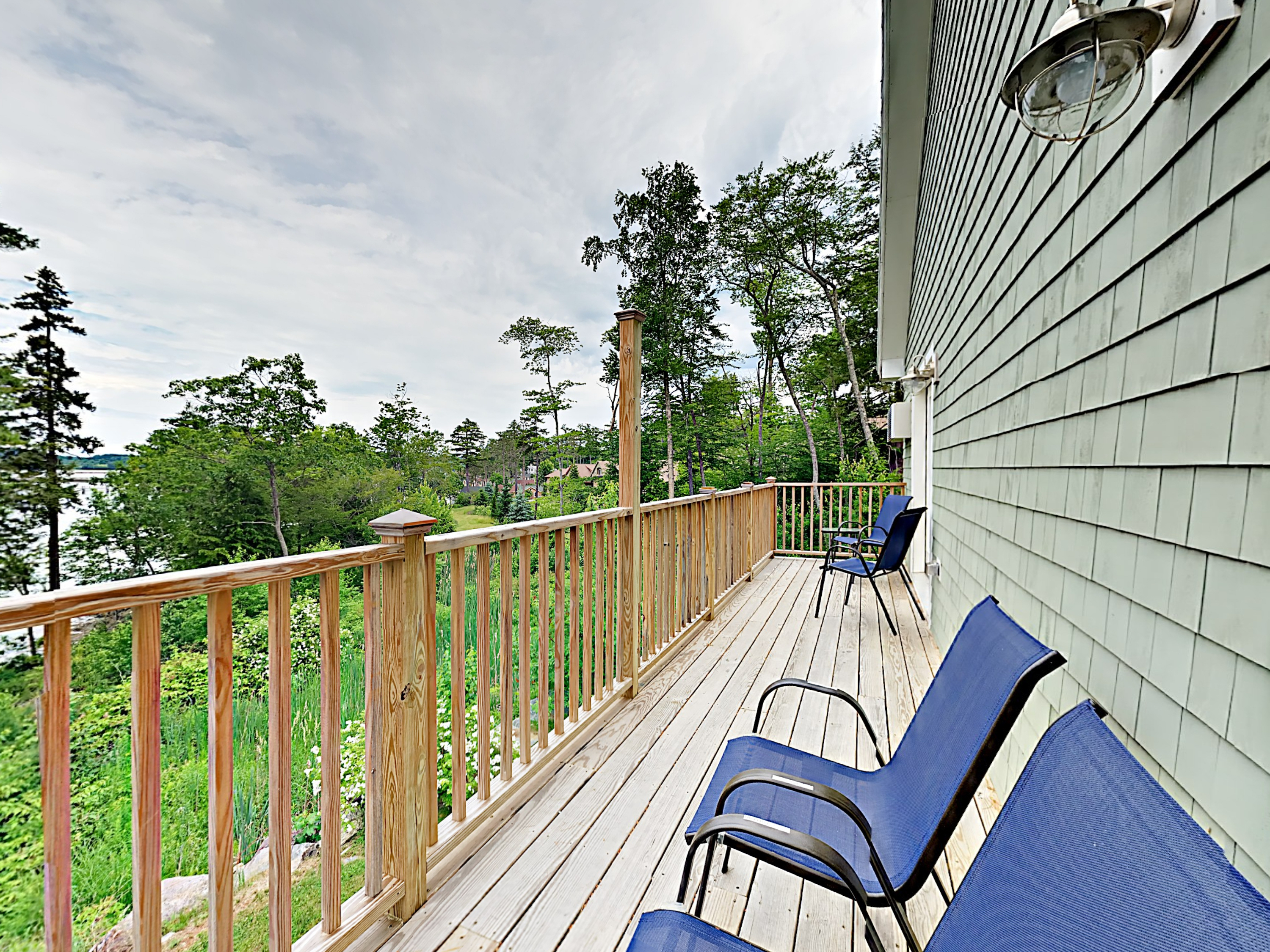 Edgecomb ME Vacation Rental Pull up a