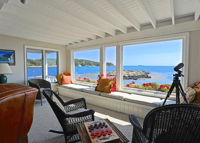 Southport ME Vacation Rental Watch seals or