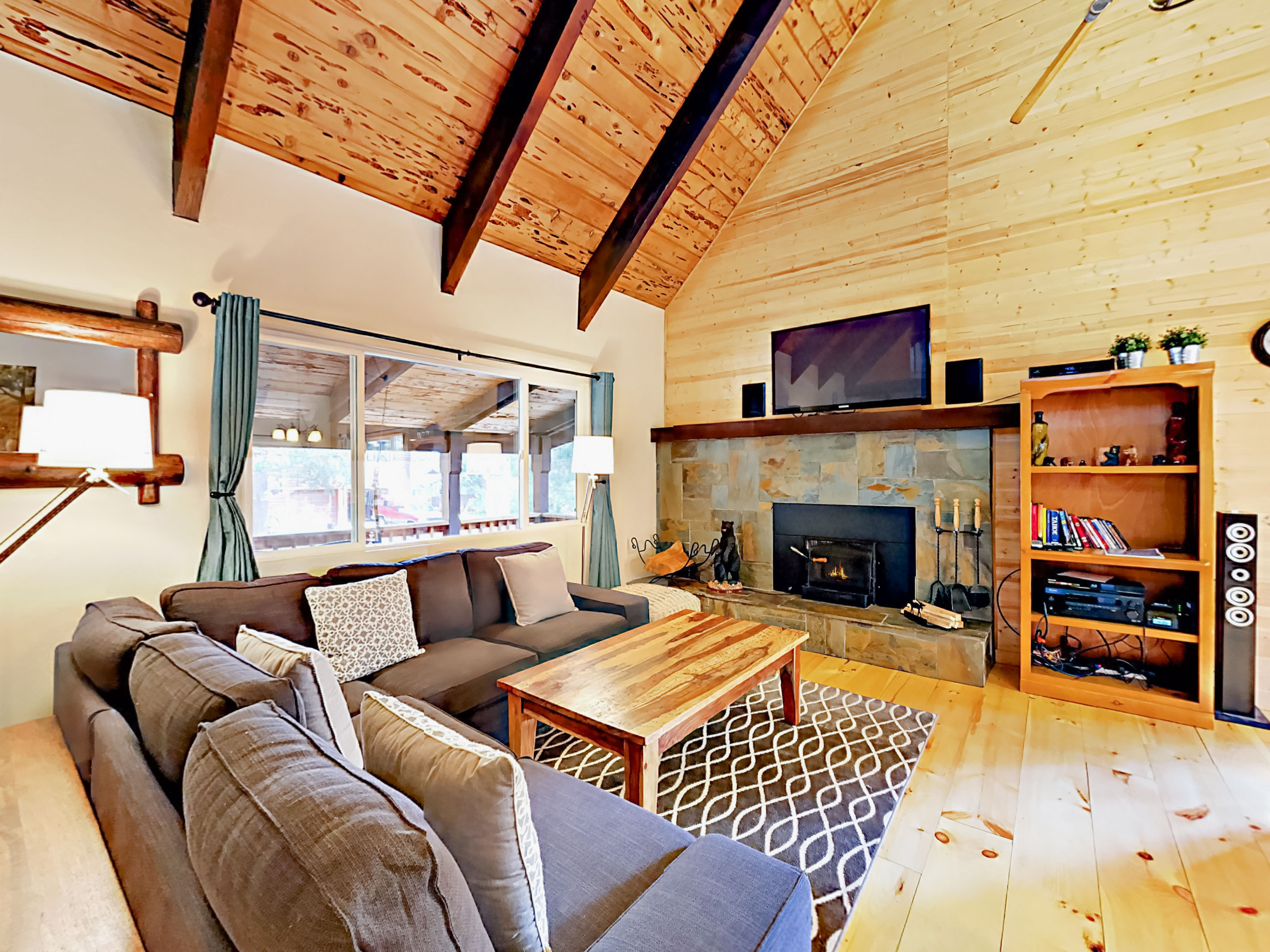 South Lake Tahoe CA Vacation Rental Seating faces a