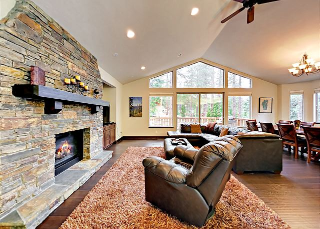 South Lake Tahoe CA Vacation Rental Located in the