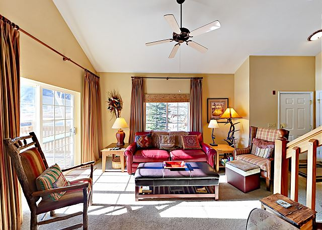 Edwards CO Vacation Rental Welcome! Ample sunlight