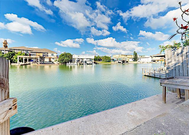 Port Isabel TX Vacation Rental Enjoy waterside living!