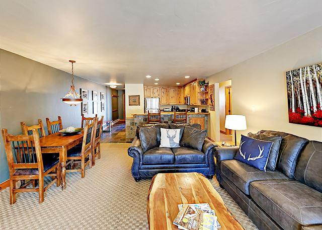 Avon CO Vacation Rental An open floor