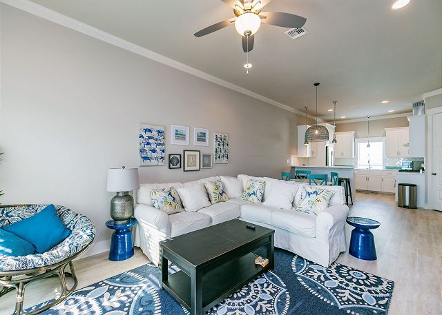 Corpus Christi TX Vacation Rental Open-concept living room