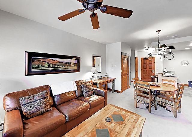 Steamboat Springs CO Vacation Rental Comfortable leather couch