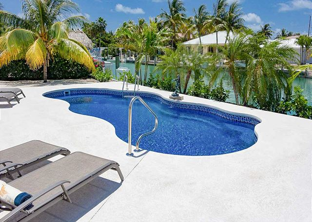 Key Colony Beach FL Vacation Rental Lounge by the