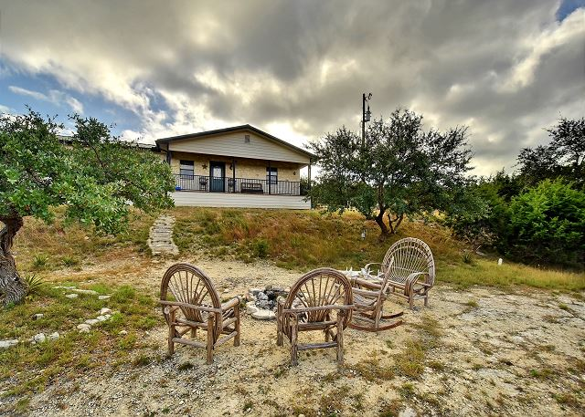 Dripping Springs TX Vacation Rental Welcome to Hillside