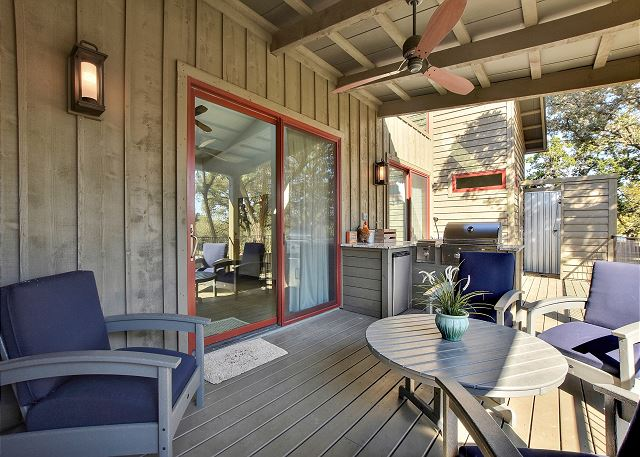 Spicewood TX Vacation Rental Relax under the