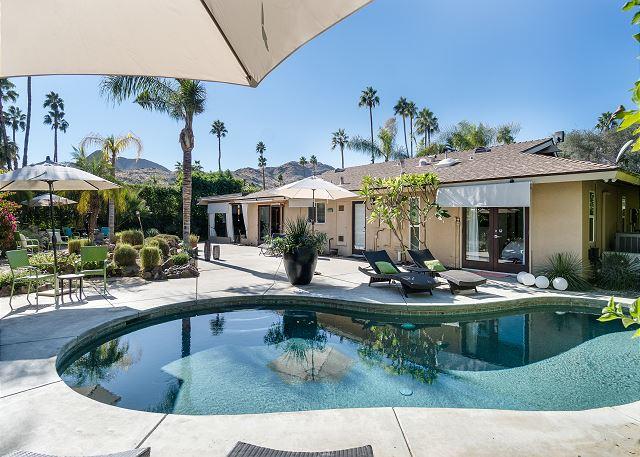 Palm Springs CA Vacation Rental Shimmering saltwater pool
