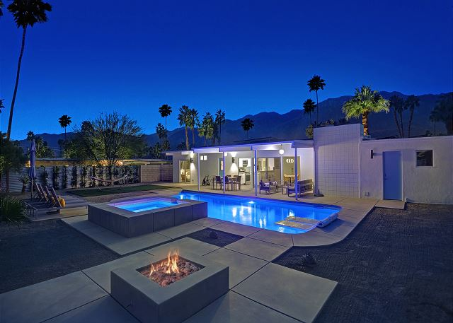 Palm Springs CA Vacation Rental Immaculate backyard with