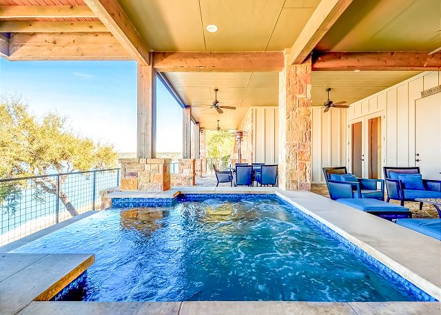 Luxury Cabin Rentals The Reserve At Lake Travis