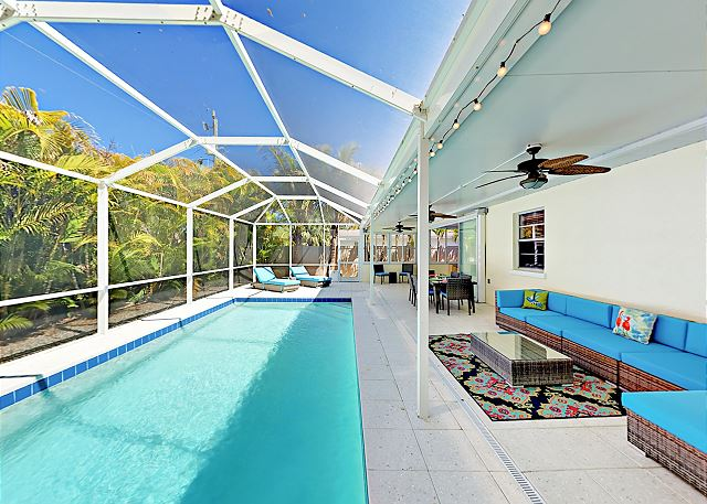 Sarasota FL Vacation Rental Gorgeous screened pool