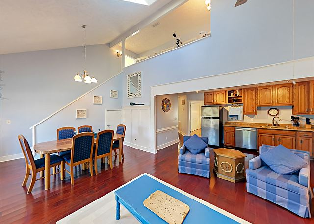 Surfside Beach SC Vacation Rental The open living,