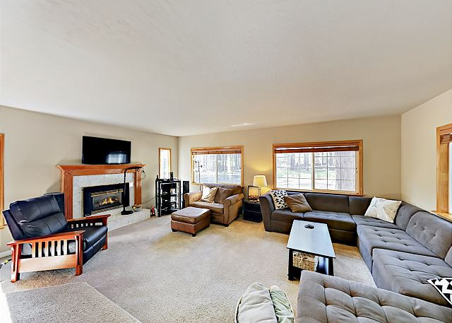 South Lake Tahoe CA Vacation Rental The living room