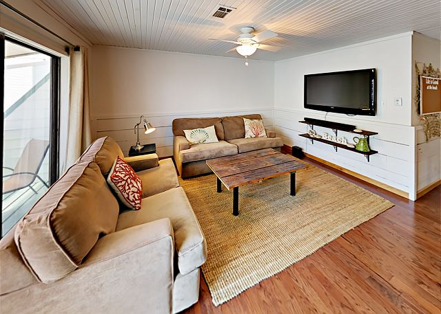 Gulf Shores AL Vacation Rental Natural light pours