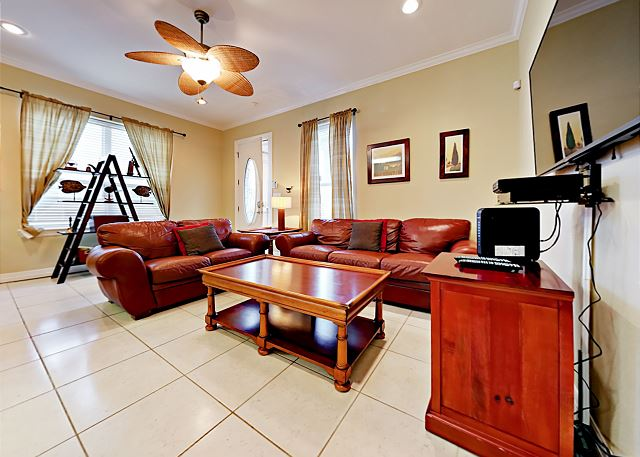 South Padre Island TX Vacation Rental Inviting living room