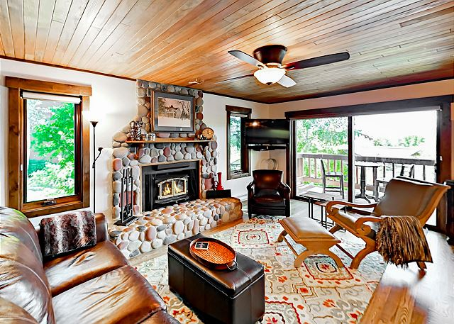 Steamboat Springs CO Vacation Rental Living room with