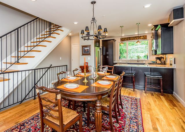 Asheville NC Vacation Rental Brand-new townhome in