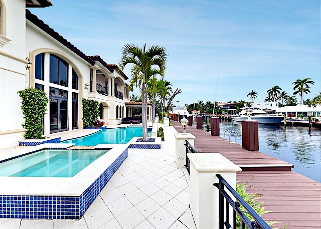 Fort Lauderdale FL Vacation Rental Gorgeous waterfront pool