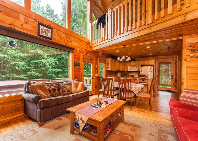 Big 3BR Cabin w/ Hot Tub & Game Room - Near Slopes | TurnKey