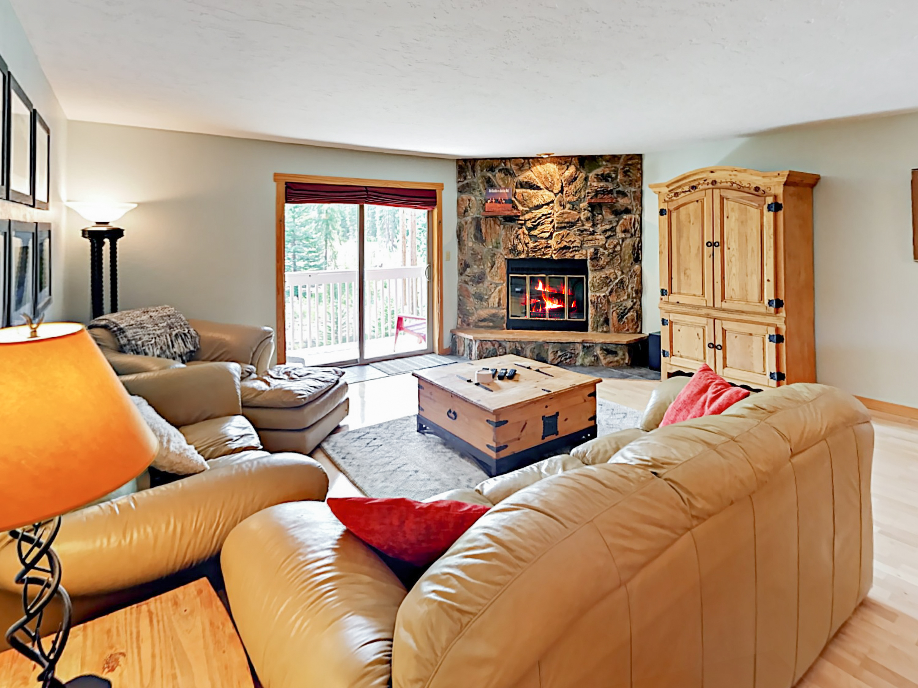 Winter Park CO Vacation Rental Seating for 6
