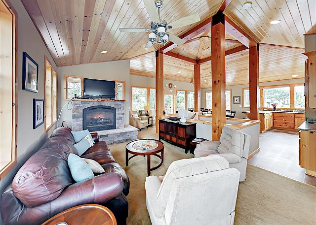 Neskowin OR Vacation Rental Vaulted wood ceilings,