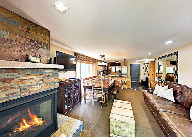 Winter Park CO Vacation Rental Cozy open-concept living