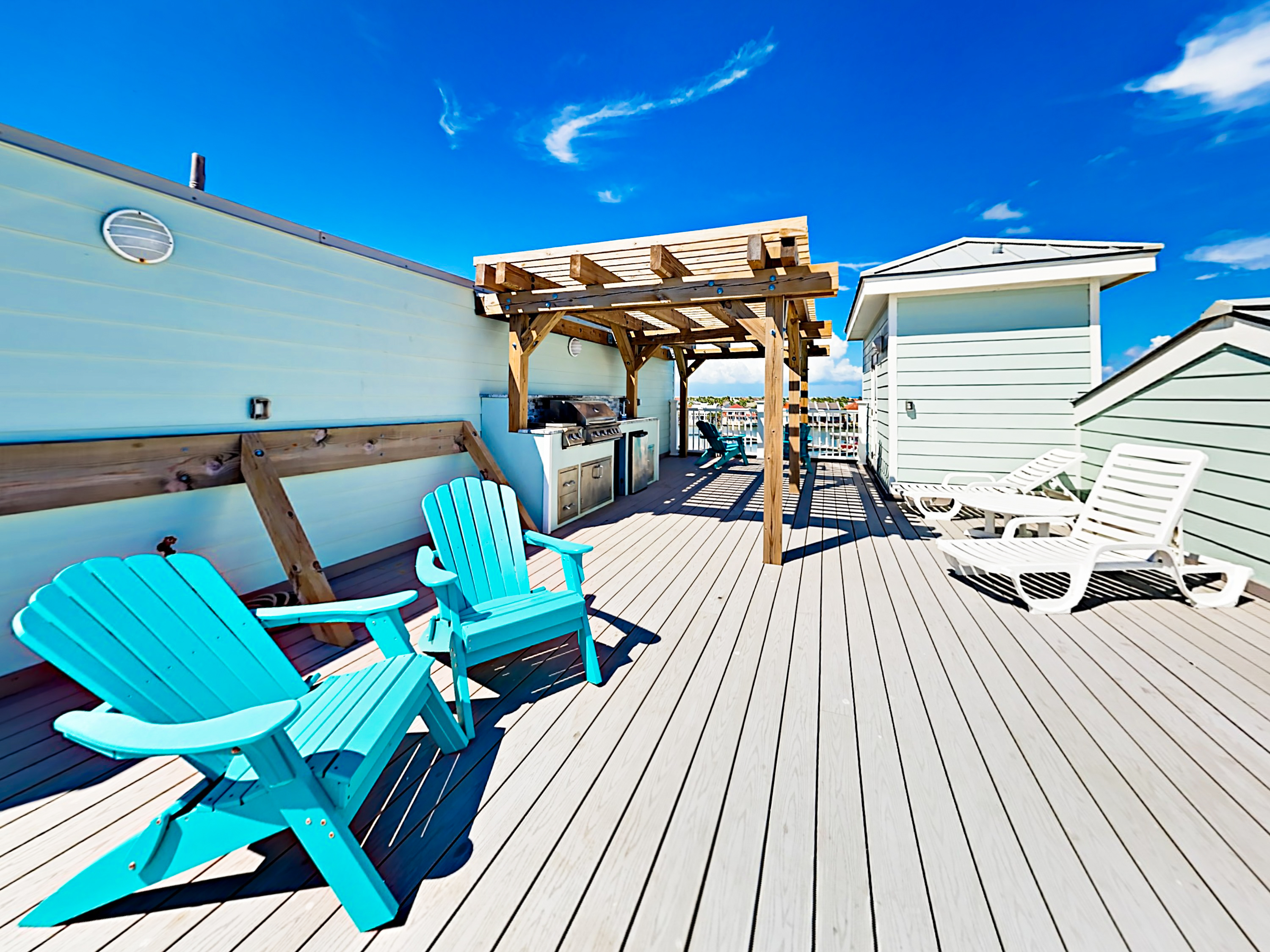 Modern 3br Townhome W Rooftop Deck Pool Turnkey