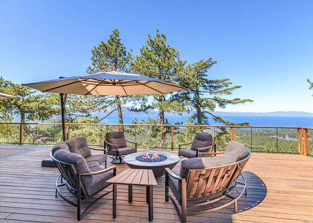 South Lake Tahoe CA Vacation Rental Comfortable seating, a