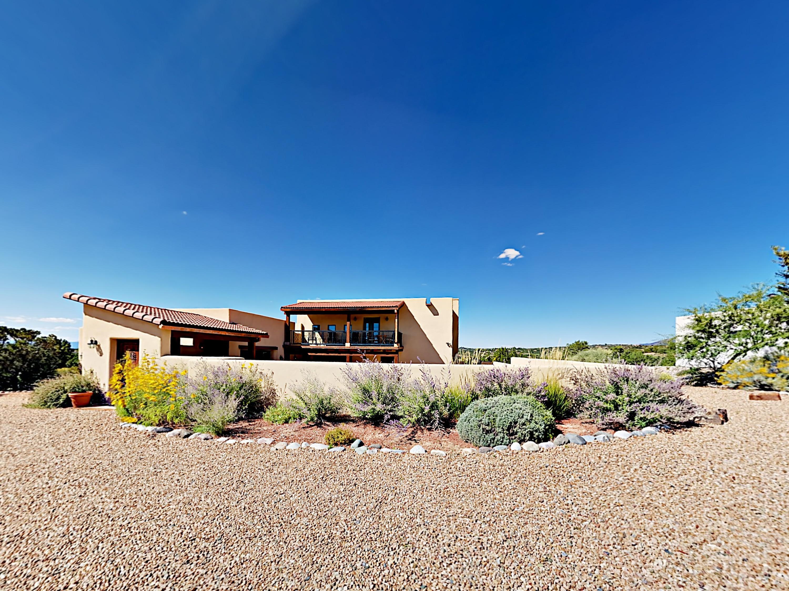 Santa Fe NM Vacation Rental Arrive on your