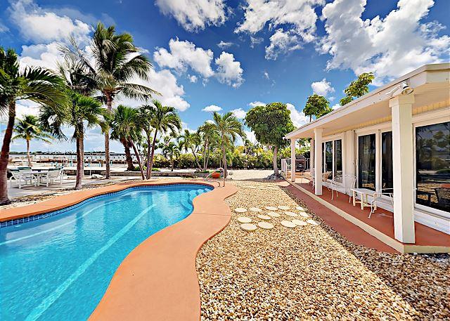 Little Torch Key FL Vacation Rental Swim beneath blue