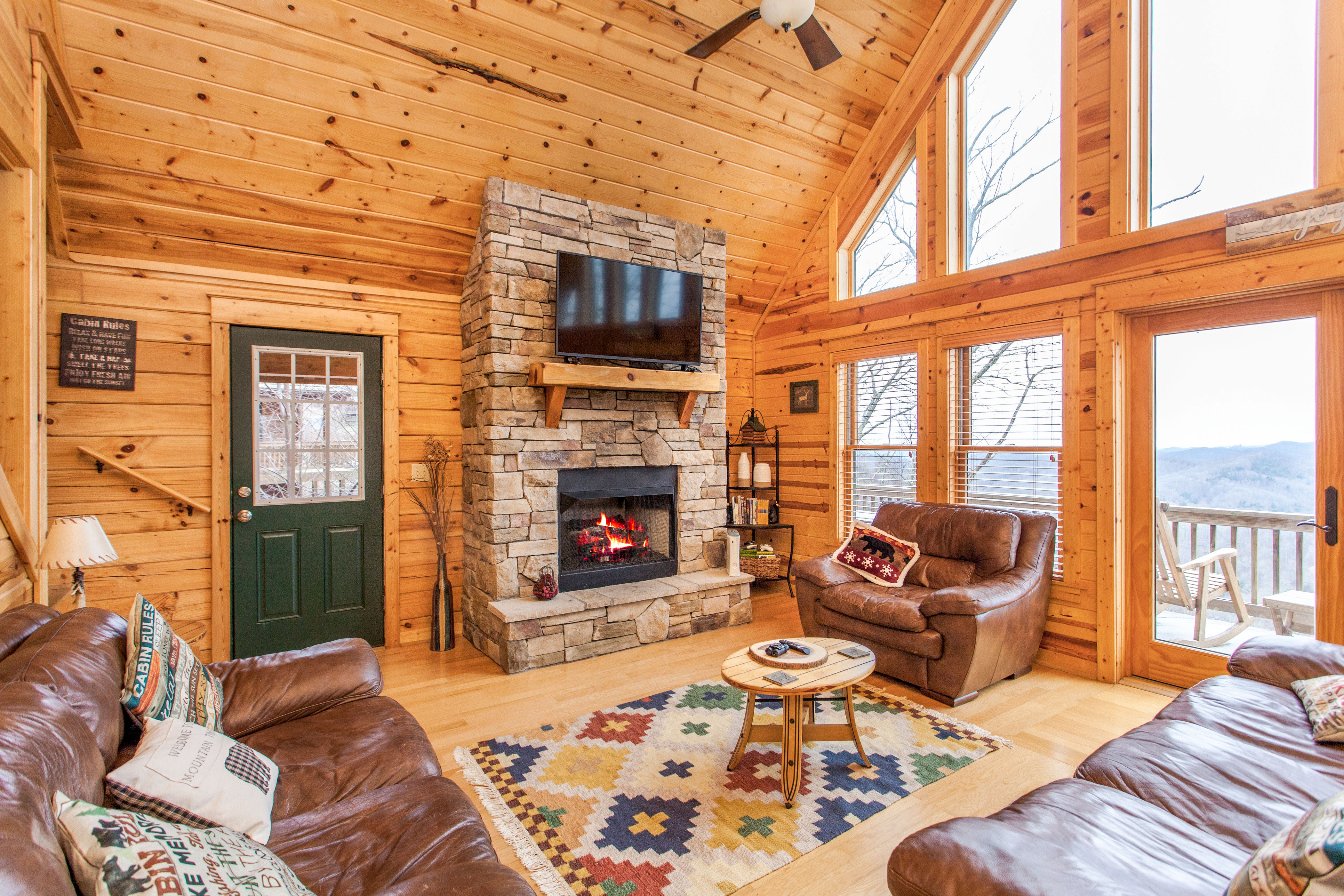Mars Hill NC Vacation Rental This light-filled home