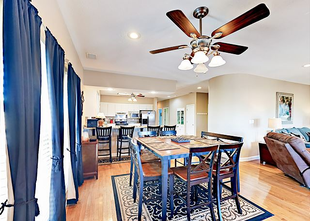Gulf Shores AL Vacation Rental An open dining