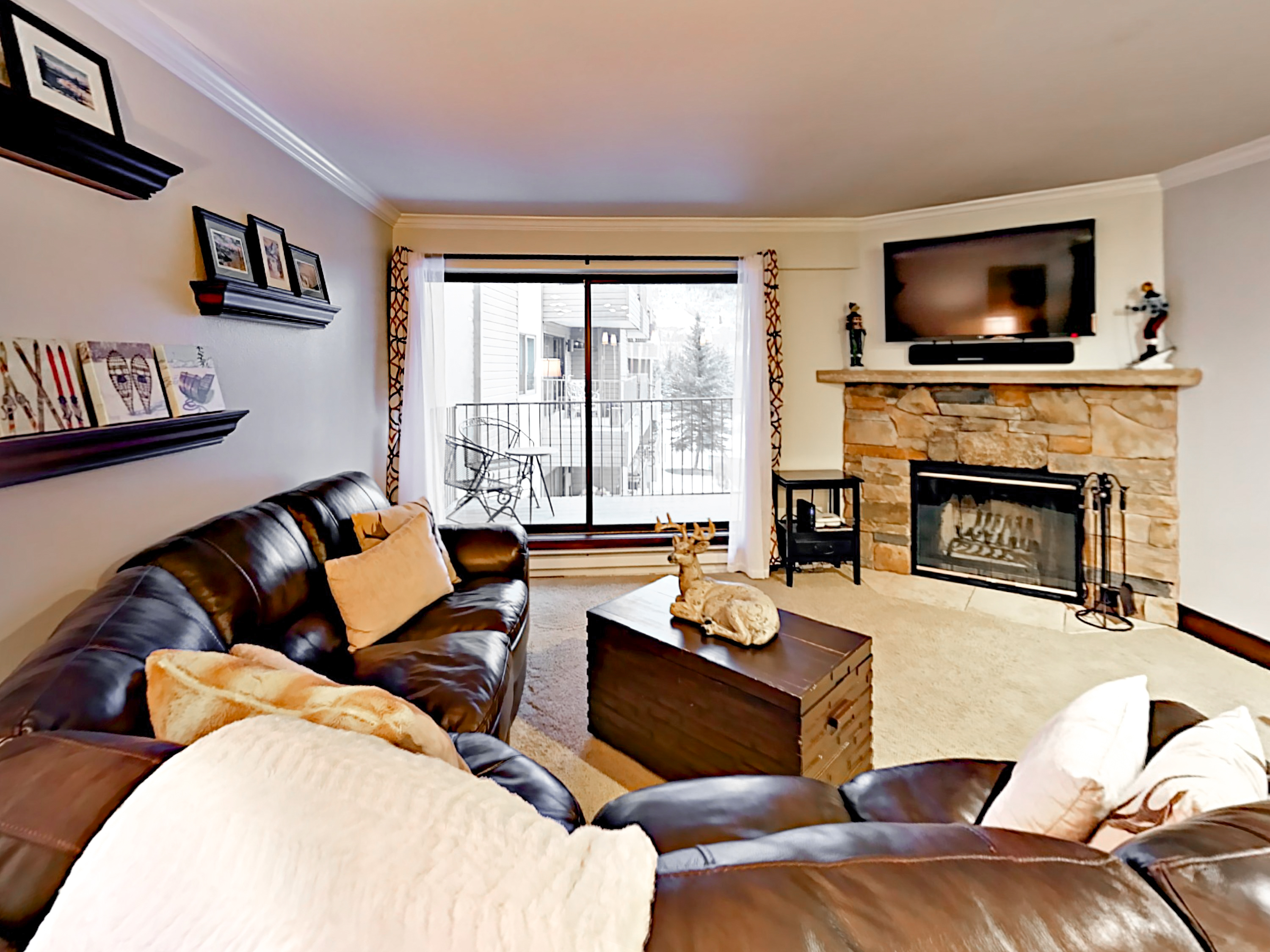 Beaver Creek CO Vacation Rental The inviting living