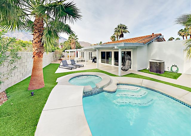 Palm Springs CA Vacation Rental This stunning home