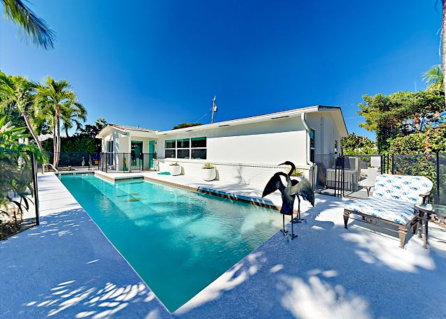 Juno Beach FL Vacation Rental Relax poolside in