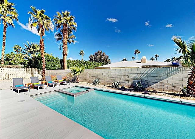Palm Springs CA Vacation Rental Your private backyard