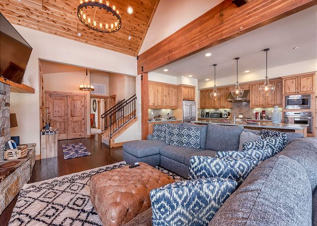 Truckee CA Vacation Rental Welcome! This stunning