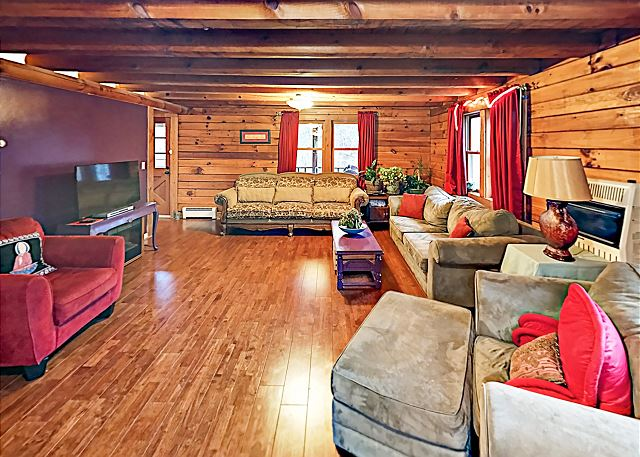 Fletcher NC Vacation Rental Welcome! This home