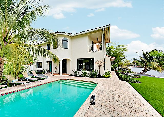 Wilton Manors FL Vacation Rental The heated pool