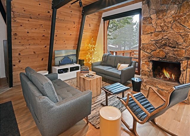 Tahoe City CA Vacation Rental Welcome! This home