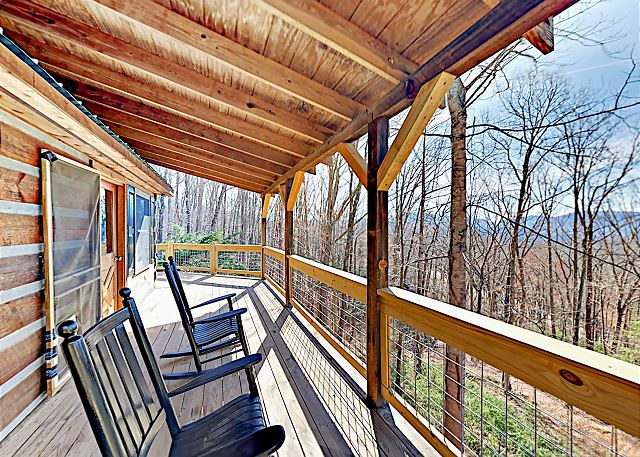 Fairview NC Vacation Rental Welcome! This home