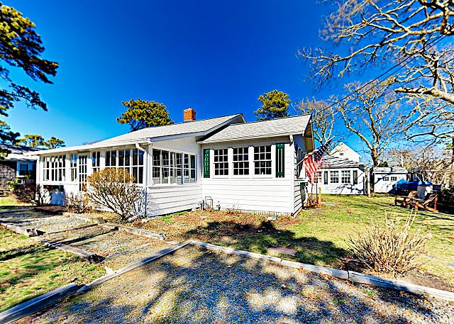 Miraculous New Listing Cape Cod Gem W Fireplace Near Beach Home Remodeling Inspirations Gresiscottssportslandcom