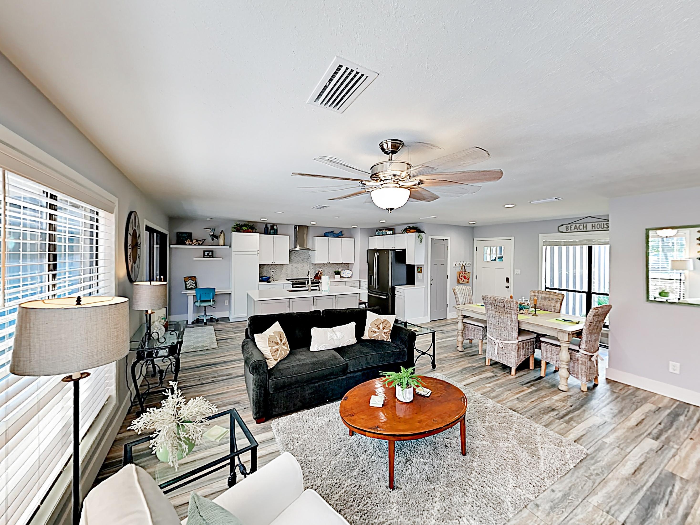 Miramar Beach FL Vacation Rental Welcome! This home