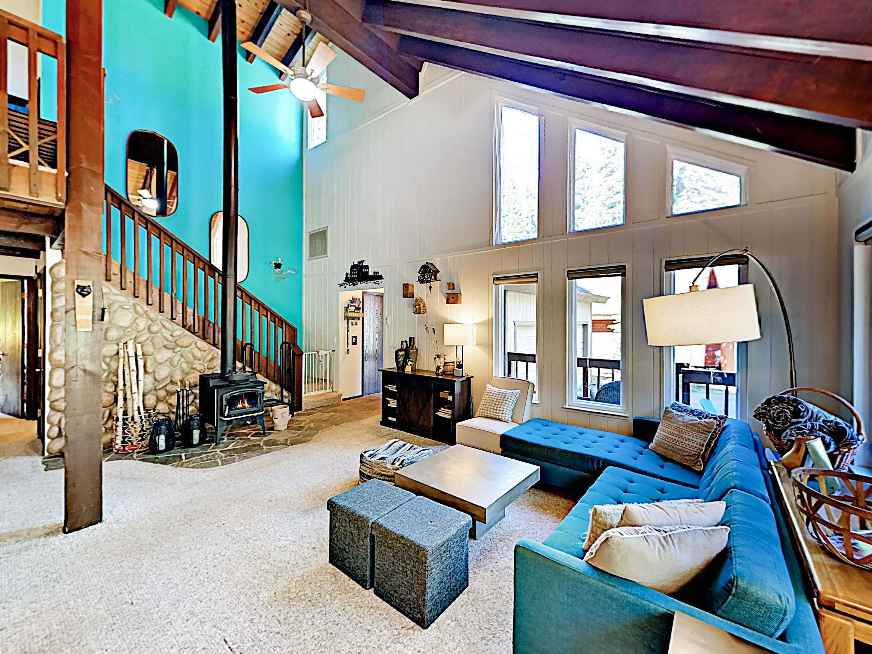 Truckee CA Vacation Rental Perfect for entertaining,